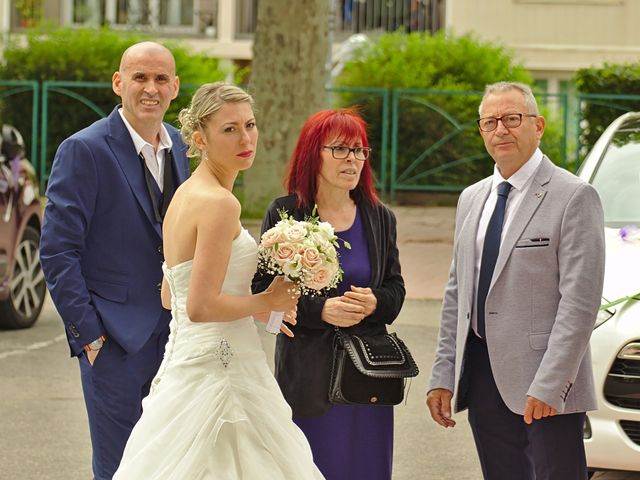 Le mariage de Bécherqui et Laura à L'Horme, Loire 21