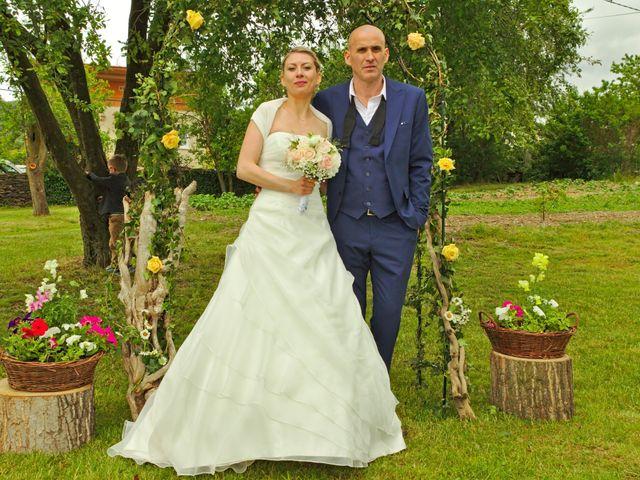 Le mariage de Bécherqui et Laura à L'Horme, Loire 34