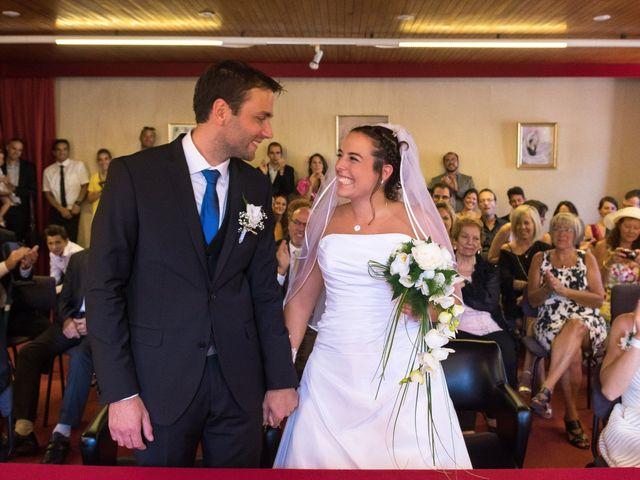 Le mariage de Julien et Sandra à Lyon, Rhône 34