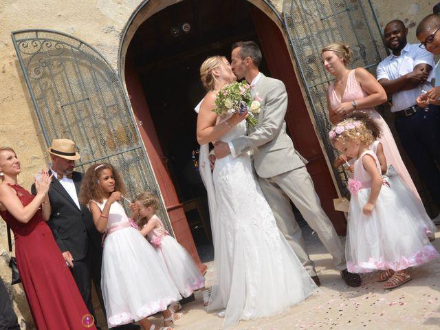 Le mariage de Nicolas et Aurore à Marigny-le-Châtel, Aube 21
