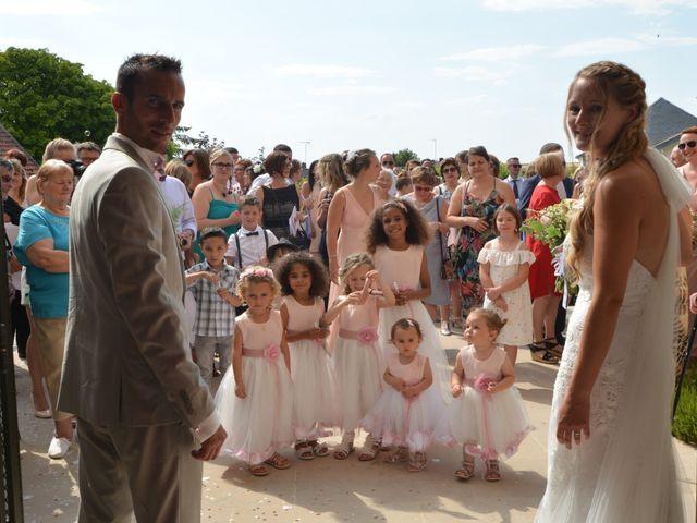 Le mariage de Nicolas et Aurore à Marigny-le-Châtel, Aube 22
