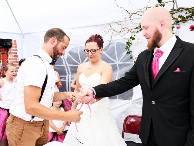 Le mariage de Arnaud et Noémie à Noordpeene, Nord 11