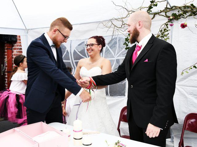 Le mariage de Arnaud et Noémie à Noordpeene, Nord 12