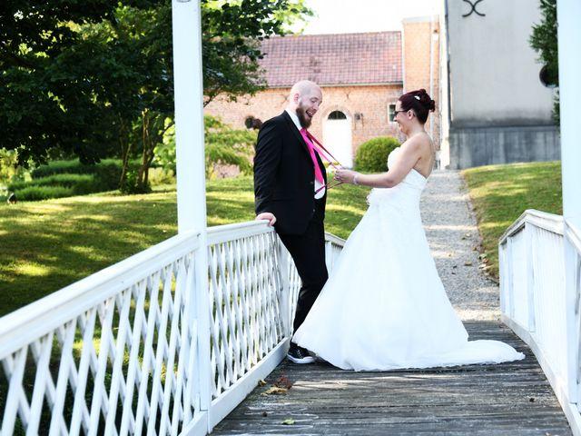 Le mariage de Arnaud et Noémie à Noordpeene, Nord 23
