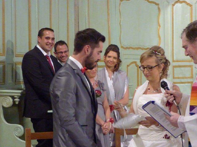 Le mariage de Nicolas et Delphine à Saint-Bonnet-le-Château, Loire 3