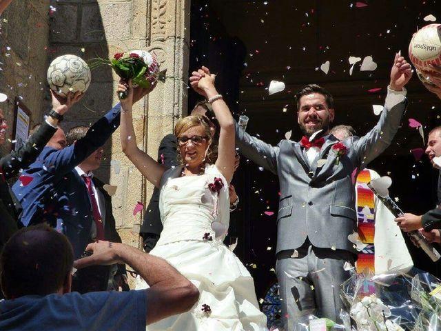 Le mariage de Nicolas et Delphine à Saint-Bonnet-le-Château, Loire 5
