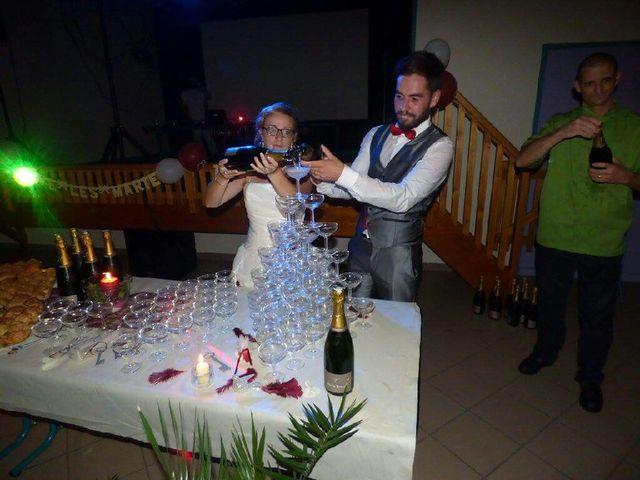 Le mariage de Nicolas et Delphine à Saint-Bonnet-le-Château, Loire 9
