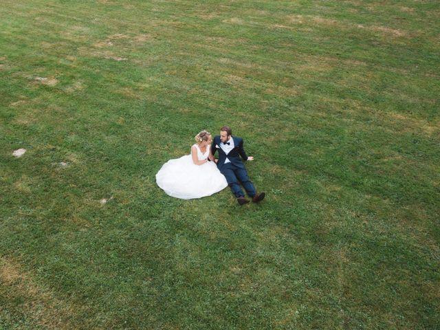 Le mariage de Thibault et Lucie à Nieul, Haute-Vienne 4