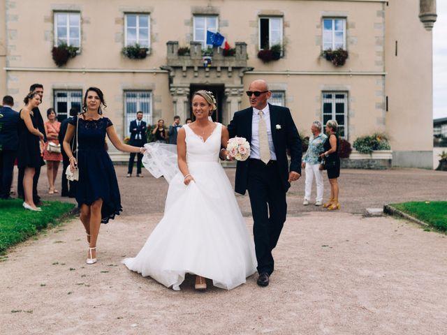 Le mariage de Thibault et Lucie à Nieul, Haute-Vienne 16