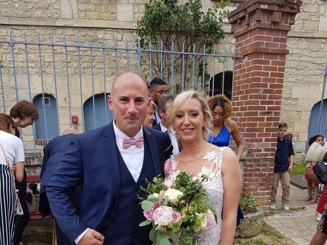 Le mariage de Anthony et Mélanie  à Broyes, Oise 4