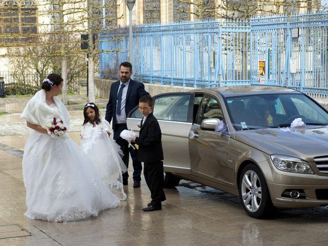 Le mariage de Nhan et Pauline à Bourges, Cher 1