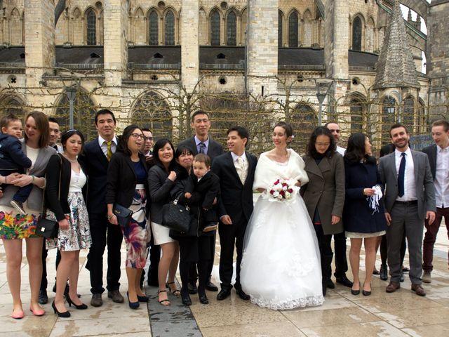 Le mariage de Nhan et Pauline à Bourges, Cher 9