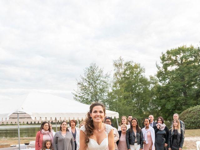 Le mariage de Alassane et Rozenn à La Ferté-Saint-Aubin, Loiret 44