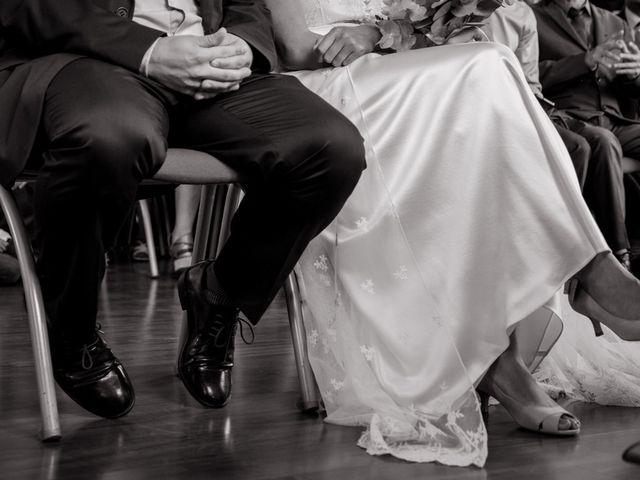 Le mariage de Olivier et Kimchi à Feurs, Loire 8