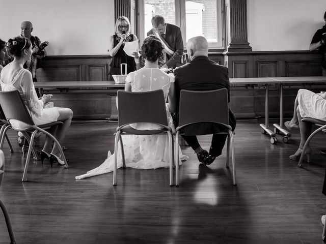Le mariage de Olivier et Kimchi à Feurs, Loire 9