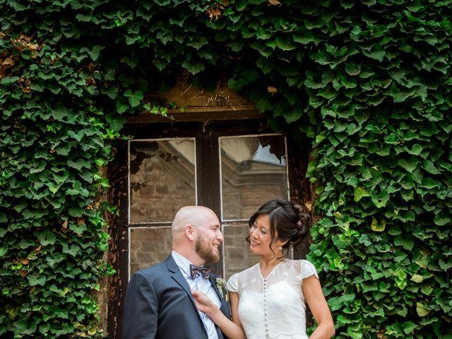 Le mariage de Olivier et Kimchi à Feurs, Loire 23