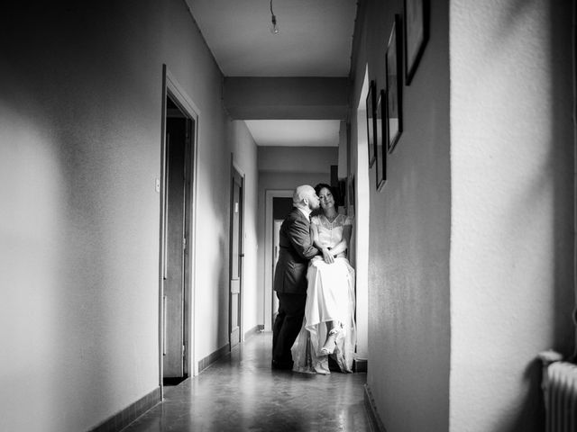 Le mariage de Olivier et Kimchi à Feurs, Loire 25