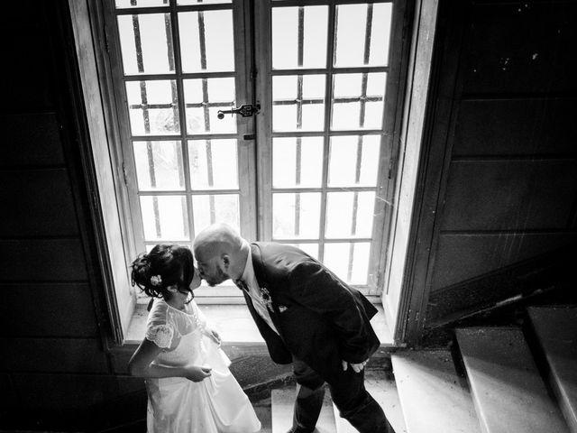 Le mariage de Olivier et Kimchi à Feurs, Loire 2