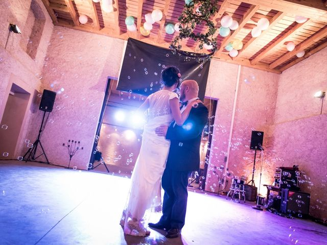 Le mariage de Olivier et Kimchi à Feurs, Loire 28