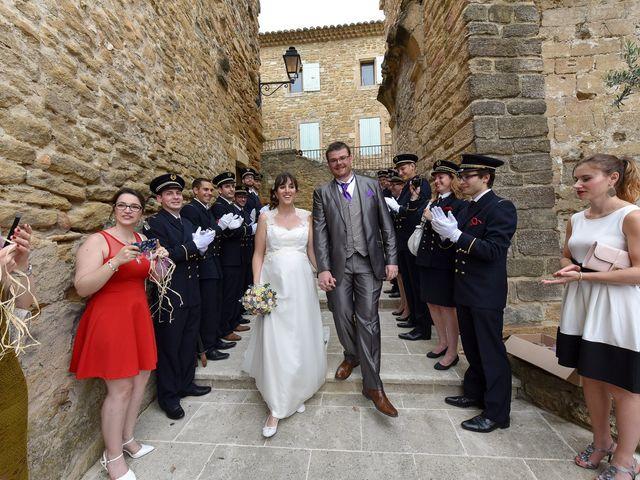 Le mariage de Alexis et Mélanie à Bouchet, Drôme 8