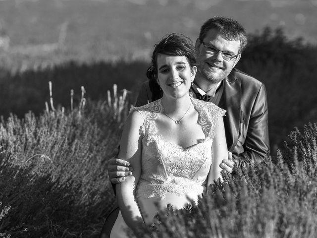 Le mariage de Alexis et Mélanie à Bouchet, Drôme 16