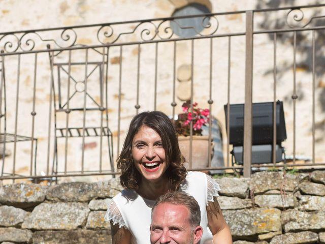 Le mariage de Stephan et Amélie à Jouques, Bouches-du-Rhône 3