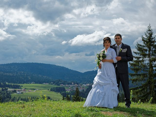 Le mariage de Arnaud et Audrey à Prémanon, Jura 26