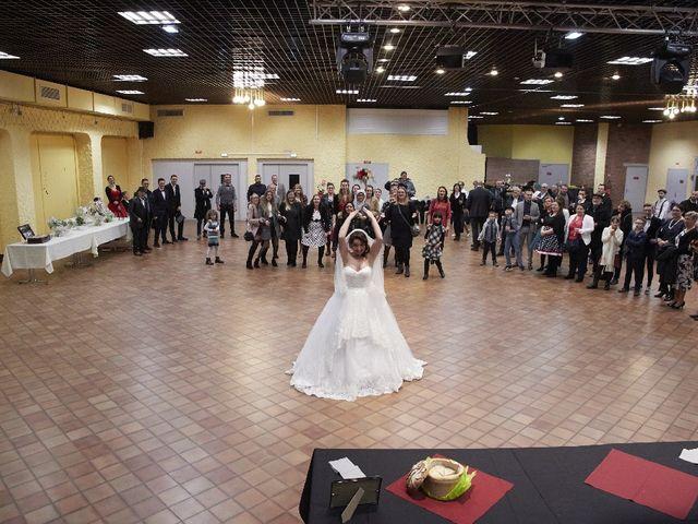Le mariage de Victor et Kelly à Brébières, Pas-de-Calais 16