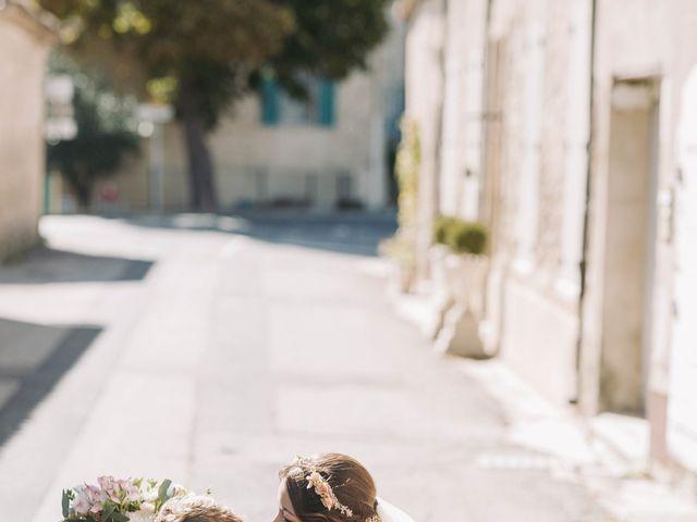 Le mariage de Nicolas et Kelly à Grambois, Vaucluse 17