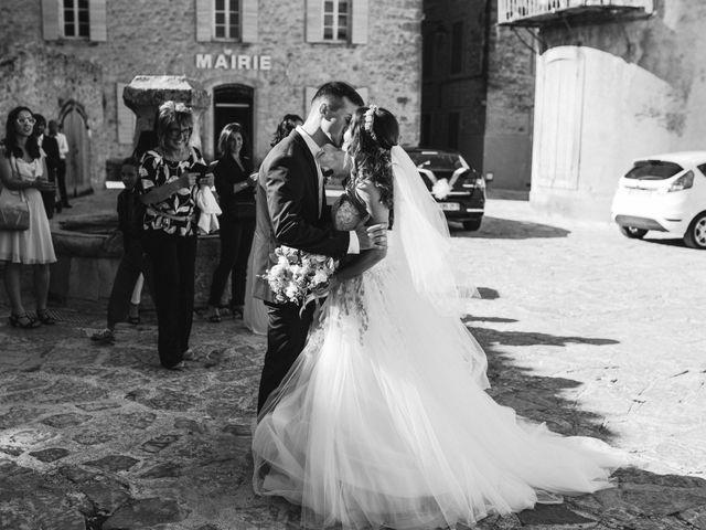 Le mariage de Nicolas et Kelly à Grambois, Vaucluse 24