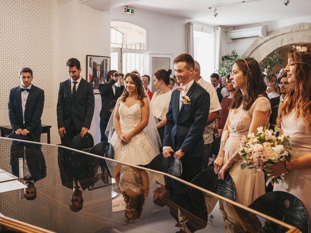 Le mariage de Nicolas et Kelly à Grambois, Vaucluse 26