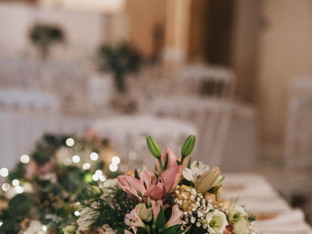 Le mariage de Nicolas et Kelly à Grambois, Vaucluse 39