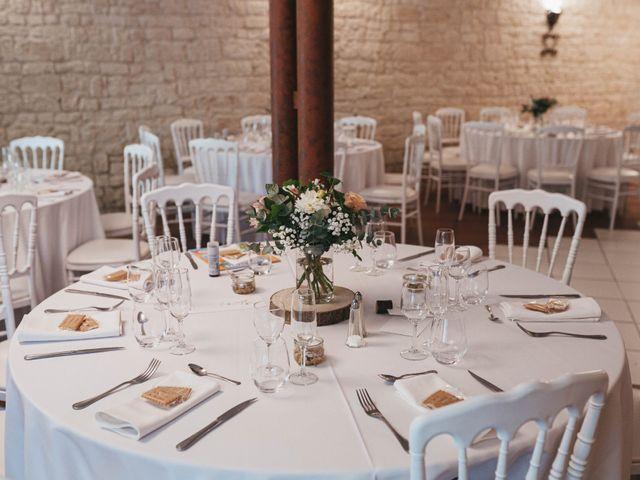 Le mariage de Nicolas et Kelly à Grambois, Vaucluse 46