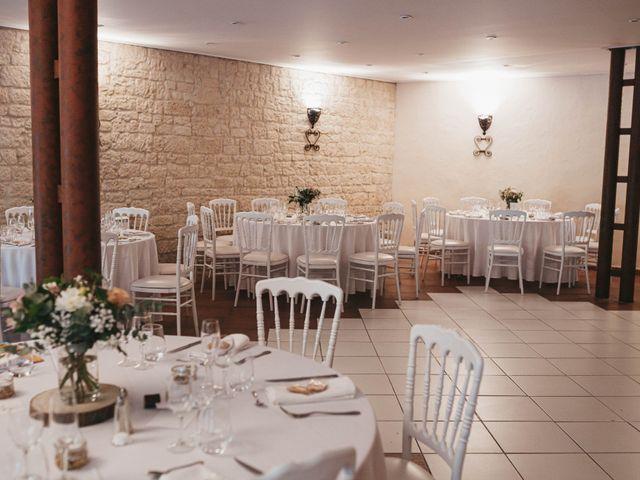 Le mariage de Nicolas et Kelly à Grambois, Vaucluse 47