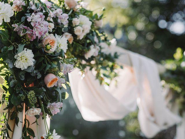Le mariage de Nicolas et Kelly à Grambois, Vaucluse 56