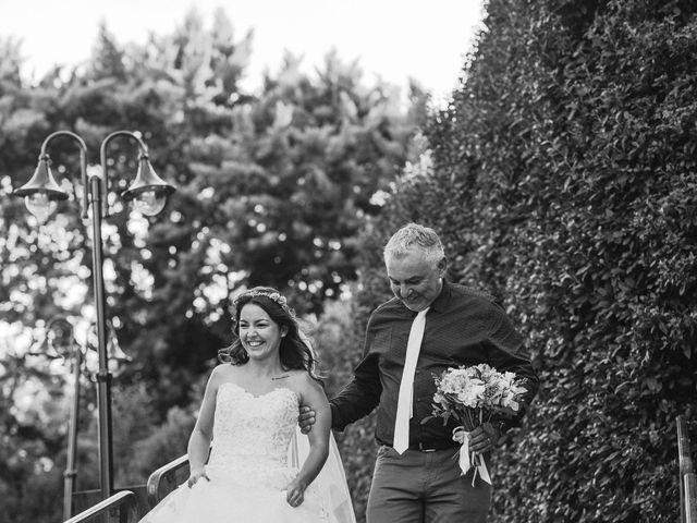 Le mariage de Nicolas et Kelly à Grambois, Vaucluse 61