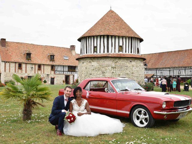 Le mariage de Thibault et Émilie à Porte-Joie, Eure 27