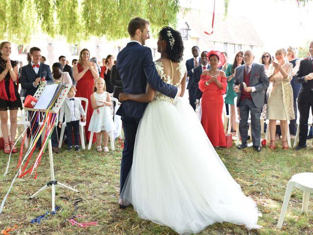 Le mariage de Thibault et Émilie à Porte-Joie, Eure 46