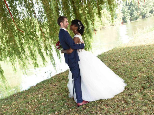 Le mariage de Thibault et Émilie à Porte-Joie, Eure 56