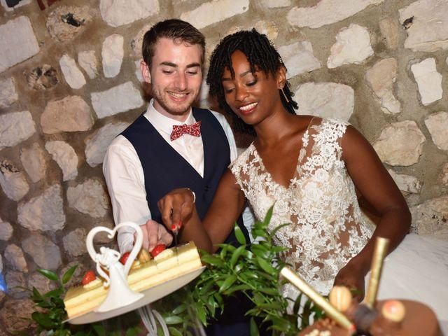 Le mariage de Thibault et Émilie à Porte-Joie, Eure 76
