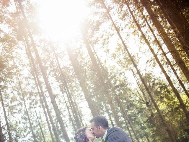 Le mariage de Alexandre et Amélie à Montrond-les-Bains, Loire 1