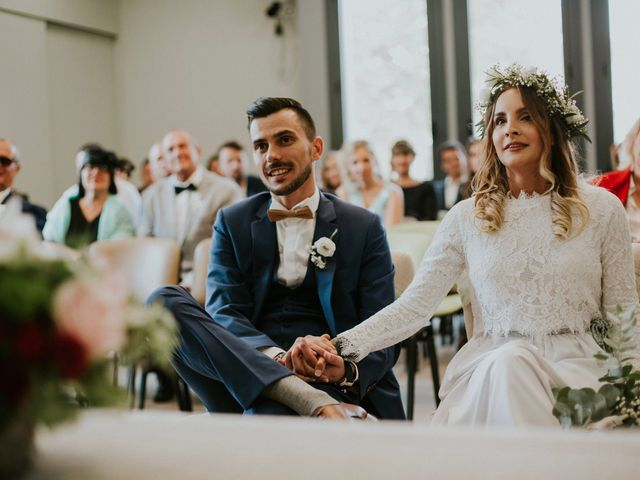 Le mariage de Julien et Krystel à Lançon-Provence, Bouches-du-Rhône 22