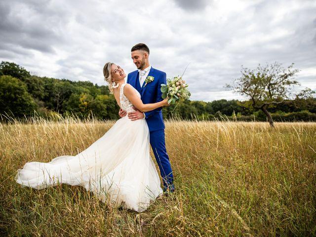 Le mariage de Jason et Justine à Montbazon, Indre-et-Loire 1