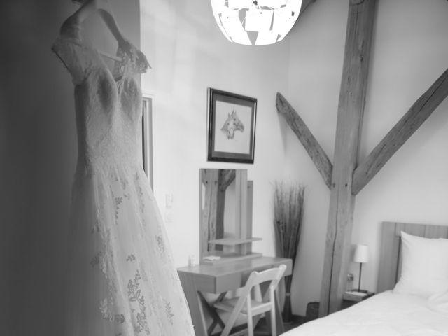 Le mariage de Cédric et Amandine à Saint-Denis-de l'Hôtel, Loiret 4