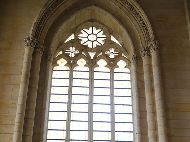 Le mariage de Cédric et Amandine à Saint-Denis-de l'Hôtel, Loiret 6