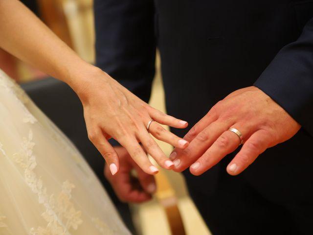 Le mariage de Cédric et Amandine à Saint-Denis-de l'Hôtel, Loiret 7