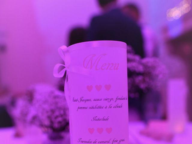Le mariage de Cédric et Amandine à Saint-Denis-de l'Hôtel, Loiret 15