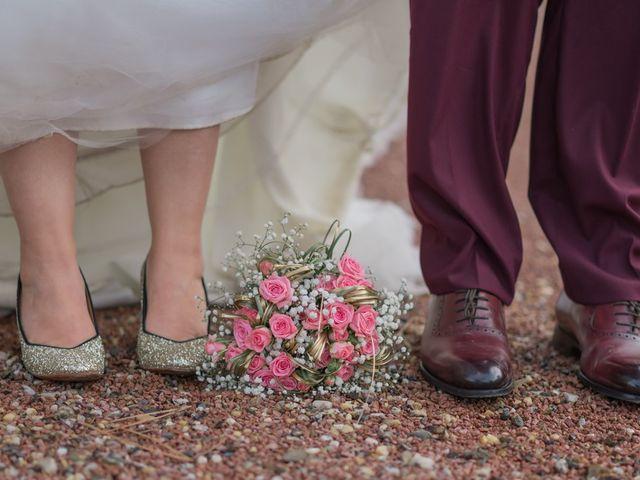 Le mariage de Claude et Sara à Virsac, Gironde 5