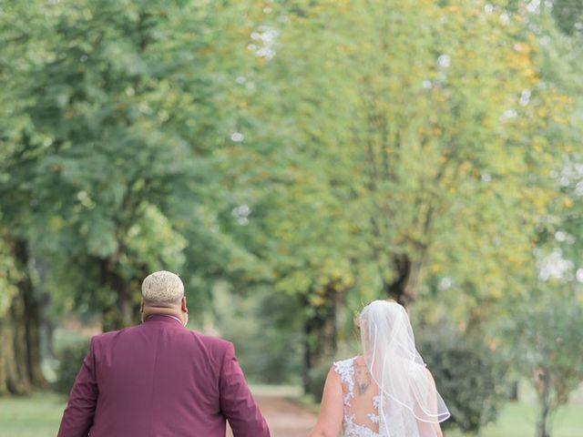 Le mariage de Claude et Sara à Virsac, Gironde 9