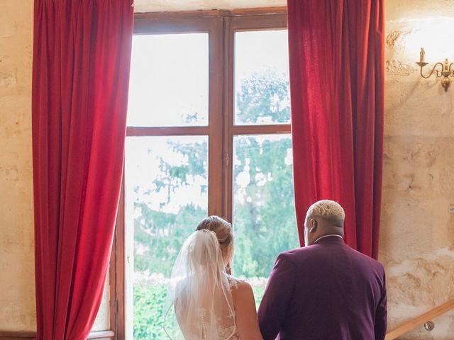 Le mariage de Claude et Sara à Virsac, Gironde 16